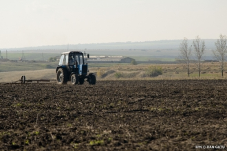 Agricultorii se pot programa online pentru depunerea dosarelor de subvenționare