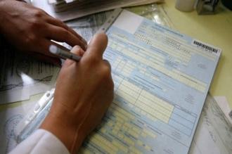 Cinci medici şi o soră medicală din Ceadâr-Lunga, cercetaţi penal pentru că ar fi eliberat certificate de sănătate mai multor taximetrişti, fără a-i supune verificărilor medicale