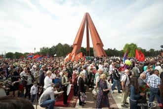 Mai multe acțiuni dedicate Zilei Victoriei vor fi organizate în acest an sub patronajul președintelui țării