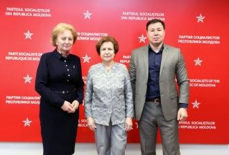 Zinaida Greceanîi s-a întâlnit cu ex-deputatul Parlamentului European, liderul Uniunii Ruse din Letonia