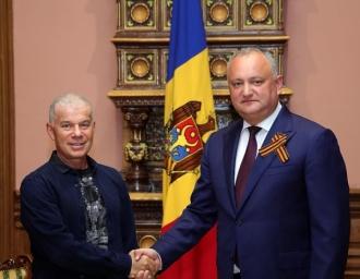 Oleg Gazmanov și Denis Maidanov au ajuns la Chișinău, pentru a susține un concert cu ocazia Zilei Victoriei