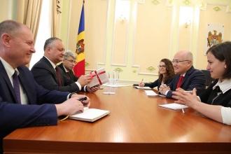 Igor Dodon a avut o întrevedere cu Iskender Kemal Okyay, reprezentantul Ambasadei Republicii Turcia în RM