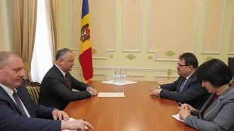 Relațiile dintre RM și UE, discutate de Igor Dodon și Peter Michalko
