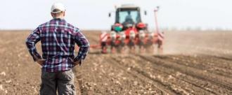 Tinerii fermieri vor primi în avans subvenții pentru a-și lansa afacerile