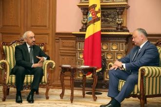 Igor Dodon a avut o întrevedere cu ambasadorul Statului Qatar în RM, aflat la final de mandat