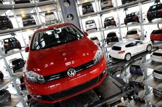 SCANDALUL emisiilor poluante: Grupul Volkswagen a primit o nouă AMENDĂ