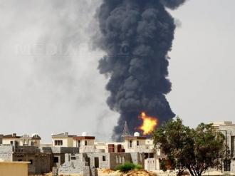 Cel puţin patru morţi într-un atentat sinucigaş comis în Libia
