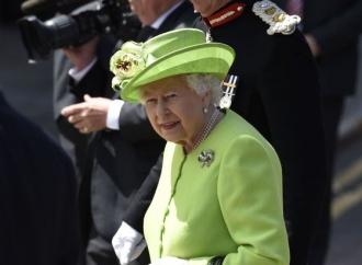 Ambasador american: Donald Trump se va întâlni cu regina Elizabeth a II-a în timpul vizitei în Marea Britanie