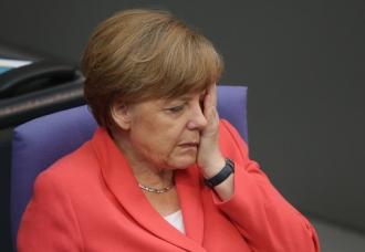 Un influent politician german cere DEMISIA Angelei Merkel
