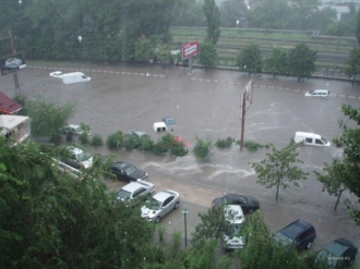 Ploaia a făcut ravagii în capitală