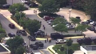ATAC ARMAT în Statele Unite: Cinci morţi, după ce un bărbat a deschis focul în redacţia cotidianului Capital-Gazette din Annapolis