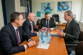 Johannes Hahn: Decizii privind transferul sau suspendarea asistenței macrofinanciare nu au fost luate