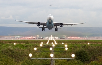 Un avion, cu 165 de persoane la bord, a ieşit de pe pistă la Manila/ Zborurile din Orientul Mijlociu şi SUA, redirecţionate