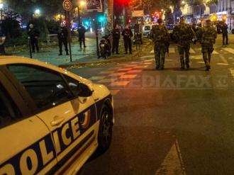 Cel puţin 19 persoane au fost rănite în urma unui incendiu izbucnit în apropierea Parisului