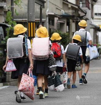 Elevii din Japonia vor învăţa în curând engleza de la roboţi