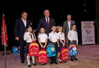 1000 de ghiozdane pentru copiii din Bălți