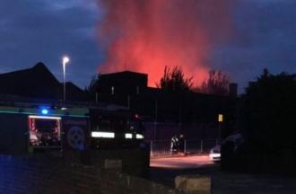 Un incendiu a izbucnit la o şcoală primară din suburbia Dagenham din Londra