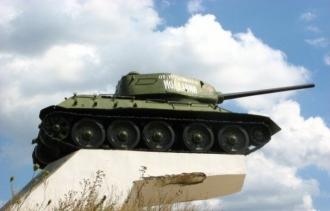 Știri false despre monumentele sovietice