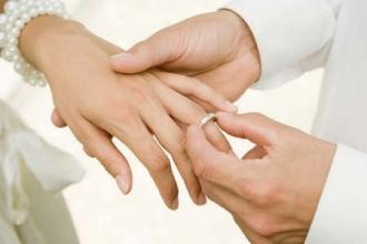 Căsătoriile vor putea fi desfăcute la notar