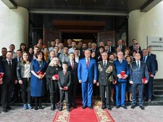 Distincții de stat pentru un grup de cetățeni ai Republicii Moldova