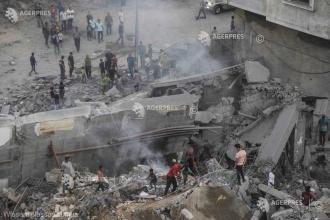 Zeci de rachete au fost trase din Fâşia Gaza spre Israel, care a răspuns cu lovituri aeriene