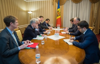 Discuții cu oficiali europeni
