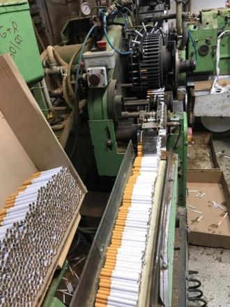 Fabrică clandestină de producere a țigărilor, deconspirată pe teritoriul Poloniei, în comun cu autoritățile moldovenești