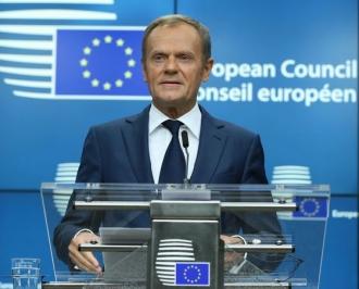 Donald Tusk se va întâlni marţi cu Theresa May pentru discuţii privind acordul de Brexit