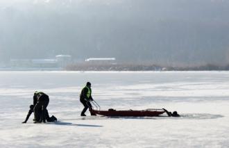 Riscurile aflării pe gheață