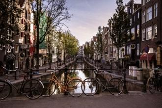 Amsterdam a adăugat o nouă taxă pentru turişti