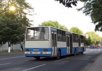 Mai bine de jumătate din autobuzele din capitală trebuie reînnoite