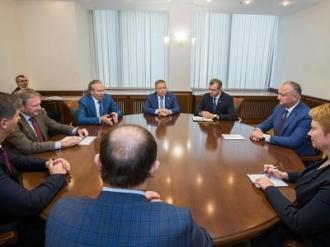 Igor Dodon a avut o întrevedere cu Andrei Nazarov și Boris Titov