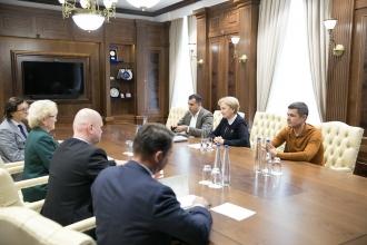 Zinaida Greceanîi s-a întâlnit cu reprezentanții Uniunii Internaționale a Notarilor
