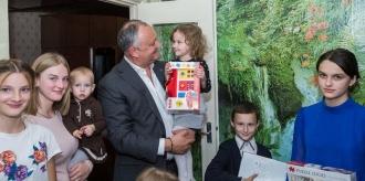 Președintele țării a vizitat familia Cernea din orașul Edineț