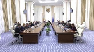 Premierul s-a întâlnit cu diplomaţii străini