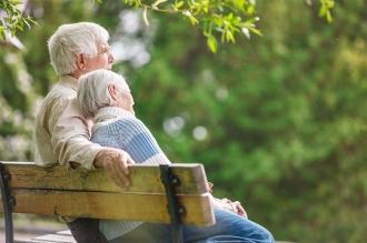 Mai multă protecţie pentru vârstnici