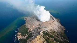 În Noua Zeelandă a erupt un vulcan