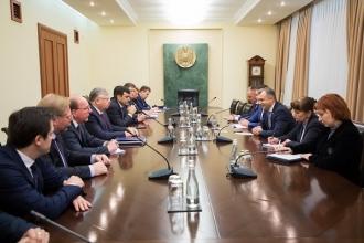 Moldova caută noi parteneri financiari