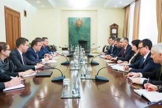 Ion Chicu a avut o ședință cu Misiunea FMI