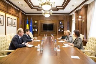 Posibilitățile de extindere a cooperării economice cu Belarus au fost discutate la întrevederea speakerului cu ambasadorul acestei țări