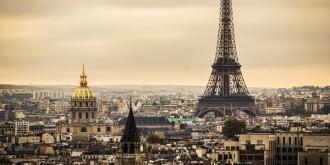 Franța închide localurile publice și magazinele, dar nu amână alegerile de astăzi