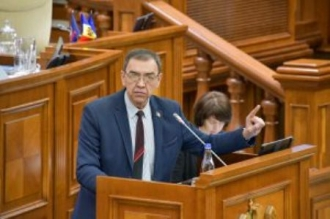 Vladimir Golovatiuc: PENTRU PRIMA DATĂ în istoria Republicii Moldova, deficitul bugetar va fi finanțat atît din Est, cît și din Vest!