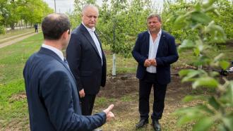 Igor Dodon, la întrevedere cu agricultorii din nordul țării: Statul va depune toate eforturile pentru a susține agricultura