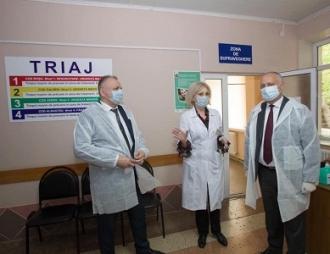 """Igor Dodon a inspectat spitalul """"N. Testemițanu"""" din raionul Drochia"""