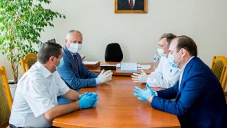 Igor Dodon a vizitat spitalul din Florești