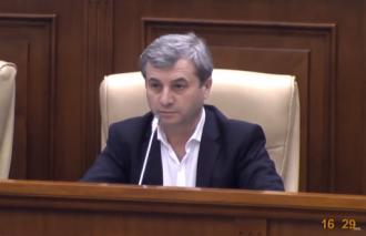 """Corneliu Furculiță """"destupă o conservă"""" a lui Plahotniuc din blocul ACUM"""