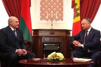 Alexandr Lukașenko, felicitat de Igor Dodon, cu ocazia victoriei la alegerile prezidențiale