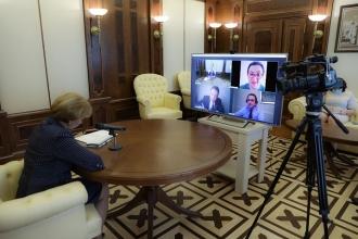 Zinaida Greceanîi a discutat cu oficiali ai Fondului Monetar Internațional