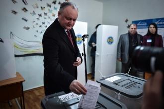 Igor Dodon a fost înregistrat în cursa electorală pentru alegerile prezidențiale