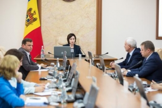 Guvernul Sandu a blocat inițiativa prezidențială de a le oferi suport pensionarilor și de a indexa pensia de două ori pe an, spune Igor Dodon